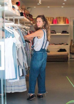 0811734089f Jennifer Meyer in Ripped Jeans Night out -01 – GotCeleb