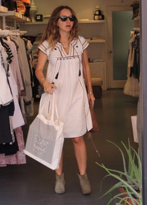 Jennifer Meyer Shopping at Jill Roberts in Beverly Hills