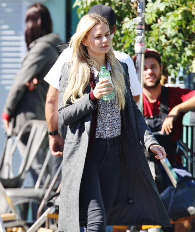 Jennifer Morrison - Filming 'Once Upon a Time' in Vancouver