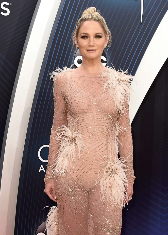Jennifer Nettles – 52nd Annual CMA Awards in Nashville