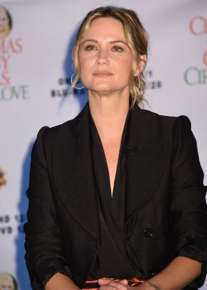 Jennifer Nettles - Christmas of Many Colors: Circle of Love Press Conference in Nashville