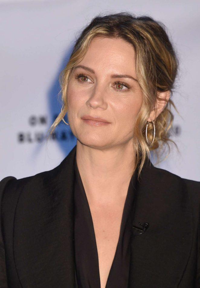 Jennifer Nettles: Christmas of Many Colors: Circle of Love Press Conference -09
