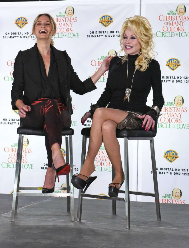 Jennifer Nettles: Christmas of Many Colors: Circle of Love Press Conference -10
