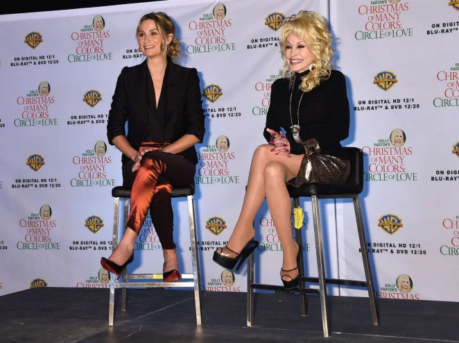 Jennifer Nettles: Christmas of Many Colors: Circle of Love Press Conference -11