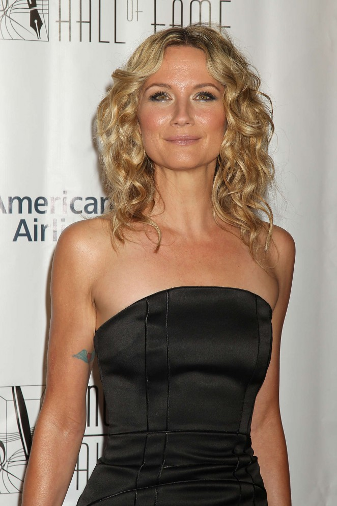 Jennifer Nettles - Songwriters Hall of Fame 46th Annual Induction and Awards in NYC