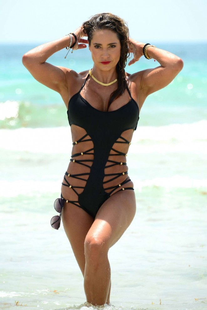 Jennifer Nicole Lee Hot Bikini Candids in Miami