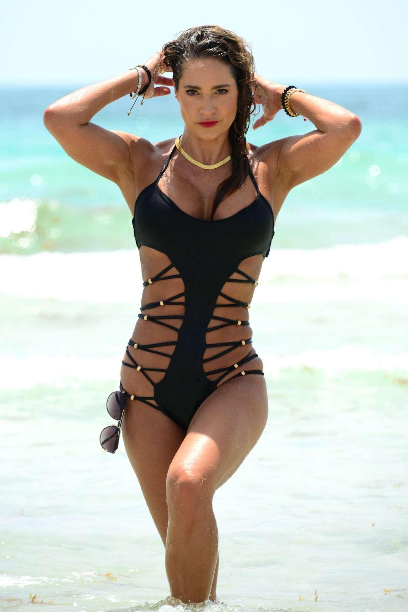 Jennifer Nicole Lee Hot Bikini Candids in Miami