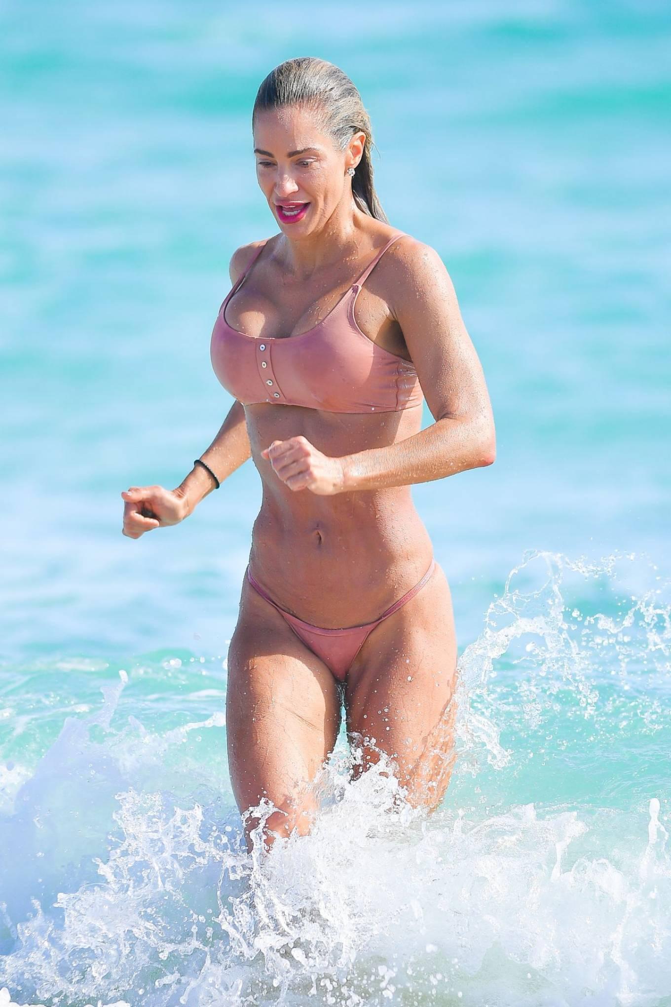 Jennifer Nicole Lee - In a bikini Photo shoot in Miami Beach