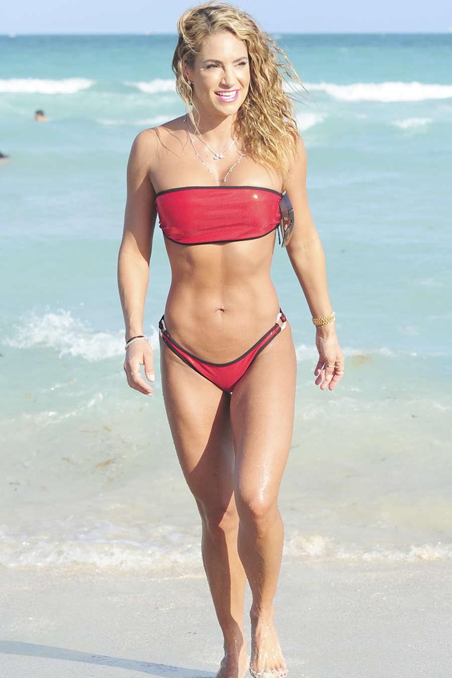 Jennifer Nicole Lee 2015 : Jennifer Nicole Lee in Red Bikini -02
