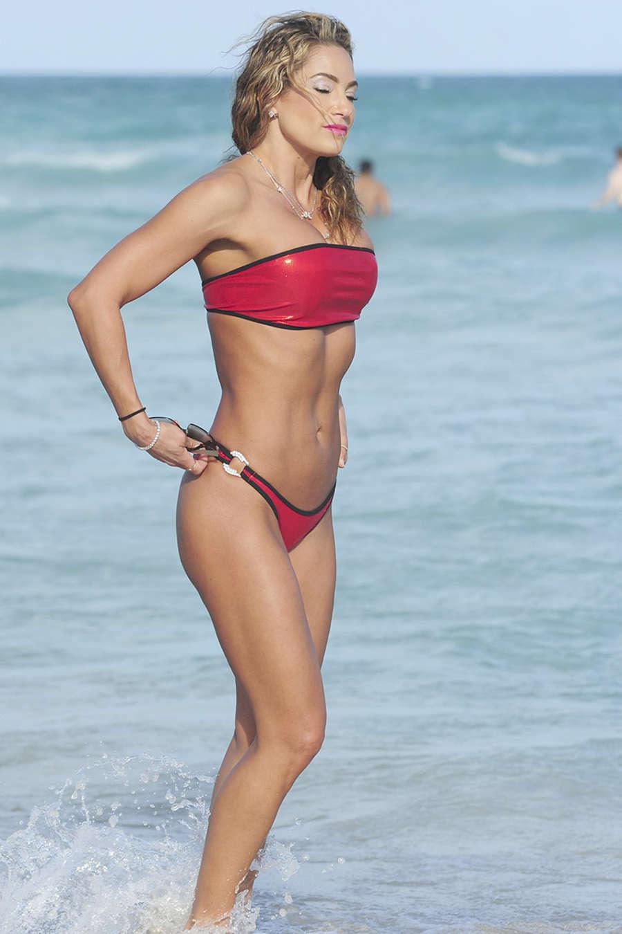 Jennifer Nicole Lee 2015 : Jennifer Nicole Lee in Red Bikini -04
