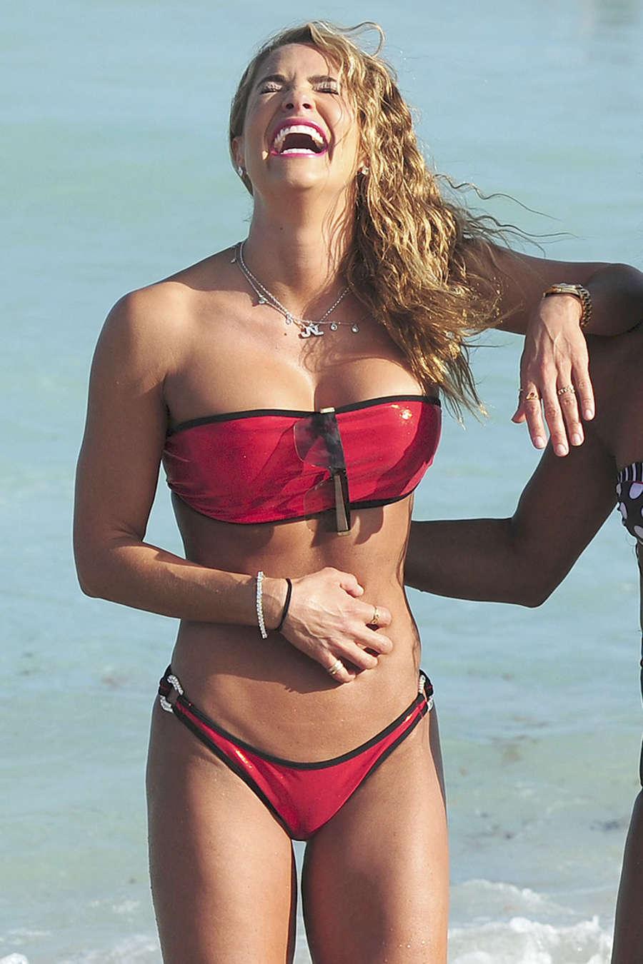 Jennifer Nicole Lee 2015 : Jennifer Nicole Lee in Red Bikini -05