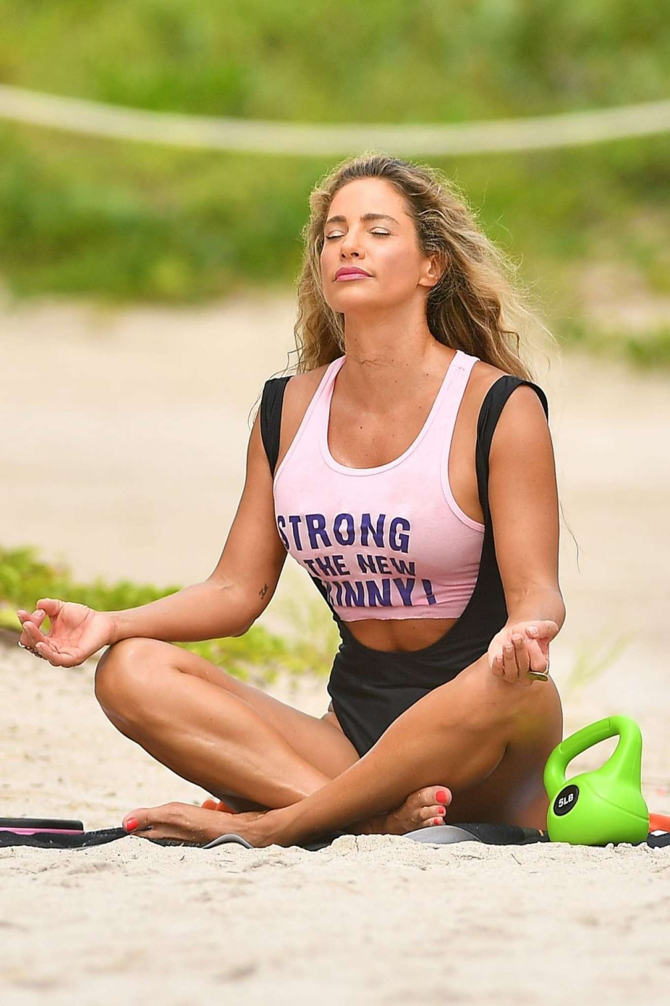 Jennifer Nicole Lee 2019 : Jennifer Nicole Lee – Workout on Miami Beach-15