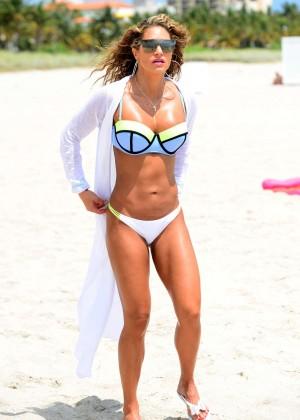 Jennifer Nicole Lee in Bikini Workout -03