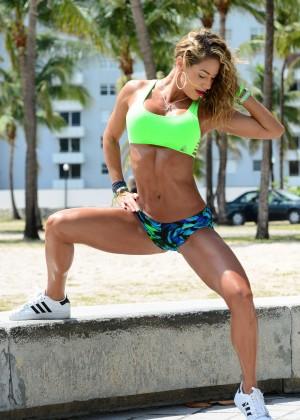 Jennifer Nicole Lee in Bikini Workout -17