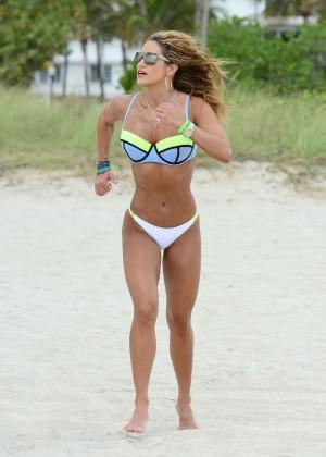 Jennifer Nicole Lee in Bikini Workout -23