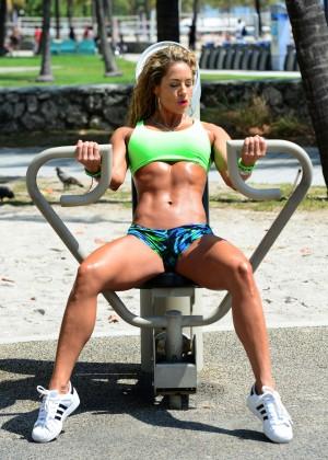 Jennifer Nicole Lee in Bikini Workout -30