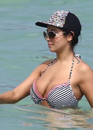 Jennifer Ruiz Diaz in Bikini -05
