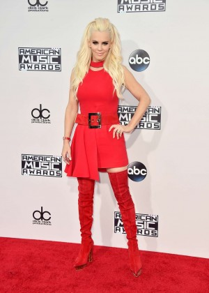 Jenny McCarthy - 2015 American Music Awards in Los Angeles