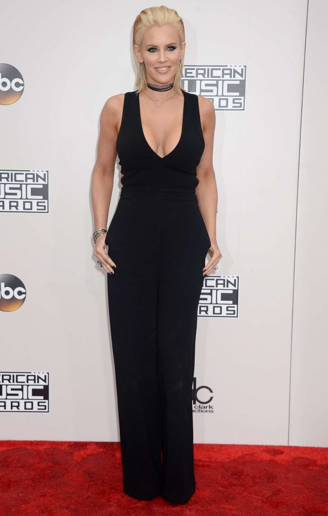 Jenny McCarthy - 2016 American Music Awards in Los Angeles