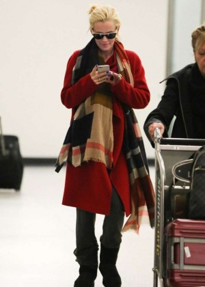 Jenny McCarthy - Arrives at Los Angeles International Airport