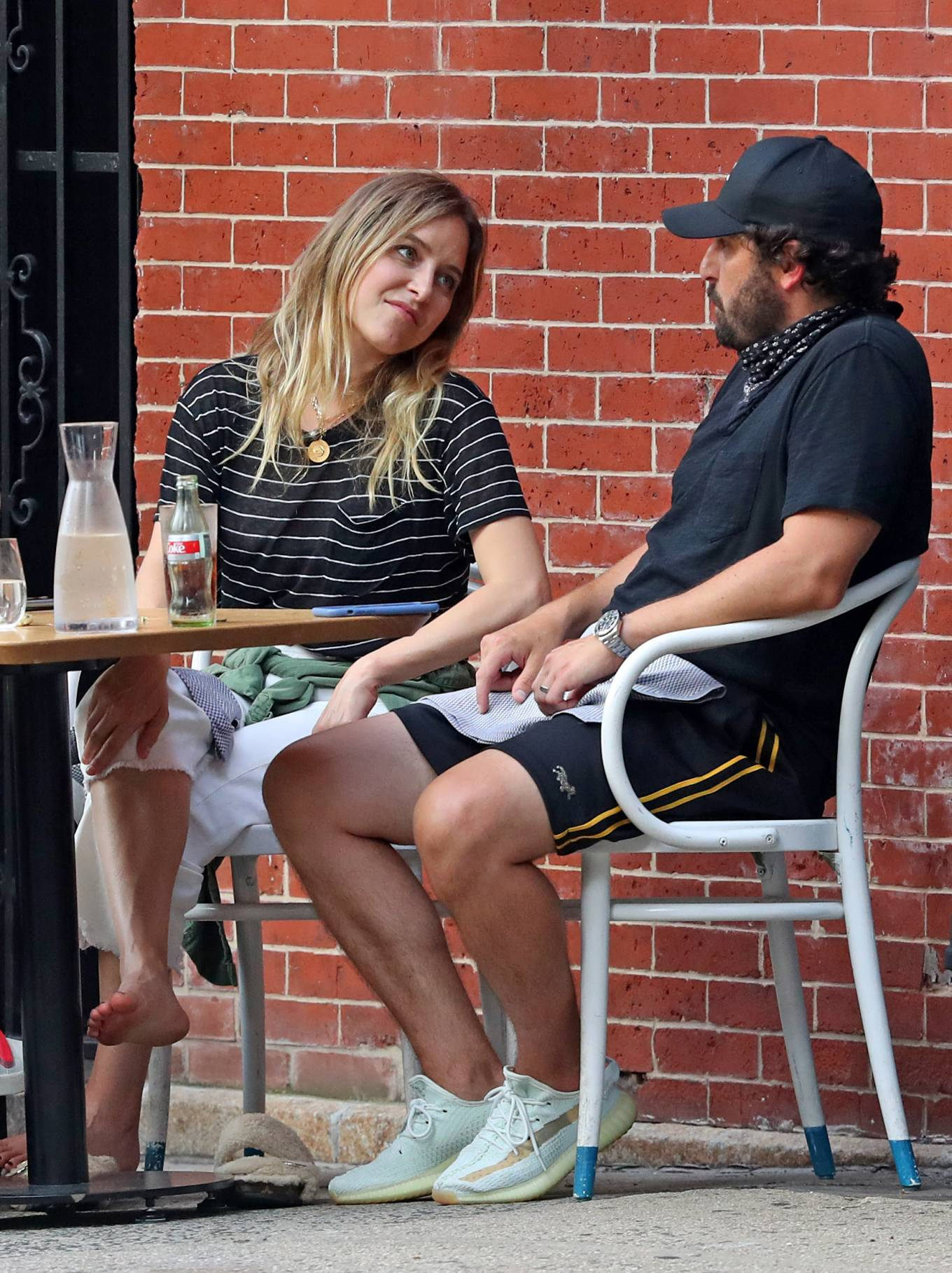 Jenny Mollen 2020 : Jenny Mollen and Jason Biggs – Spotted at a cafe in New York City-06