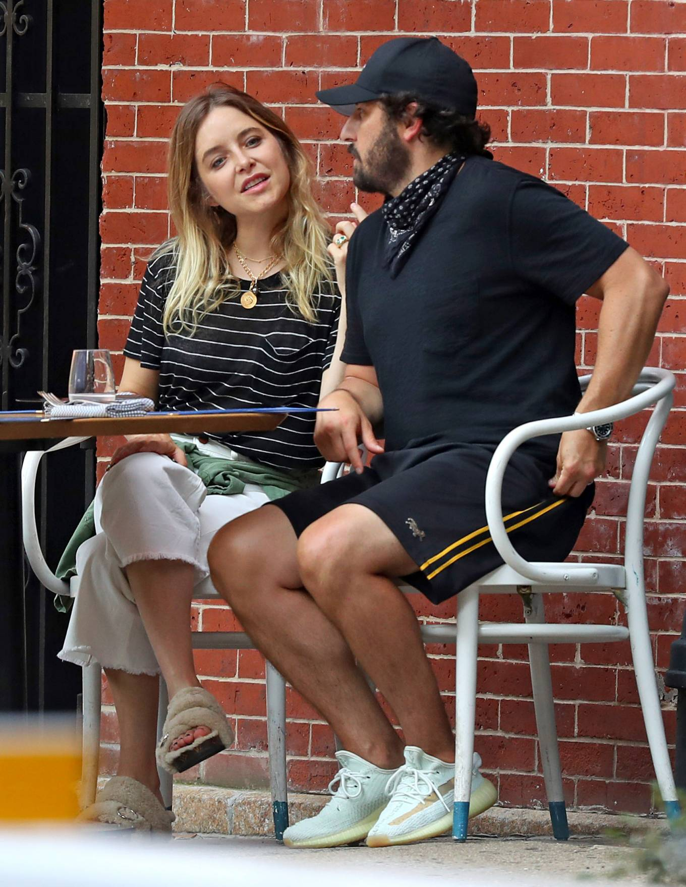 Jenny Mollen 2020 : Jenny Mollen and Jason Biggs – Spotted at a cafe in New York City-09