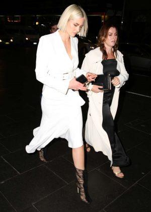 Jesinta Campbell - Arrives for Myer runway show in Sydney