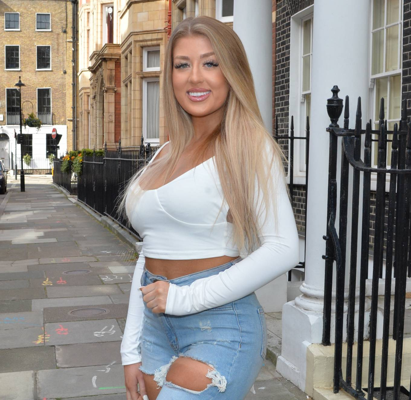 Jess Gale 2021 : Jess Gale – heading to a roof top party in Londons Mayfair-02