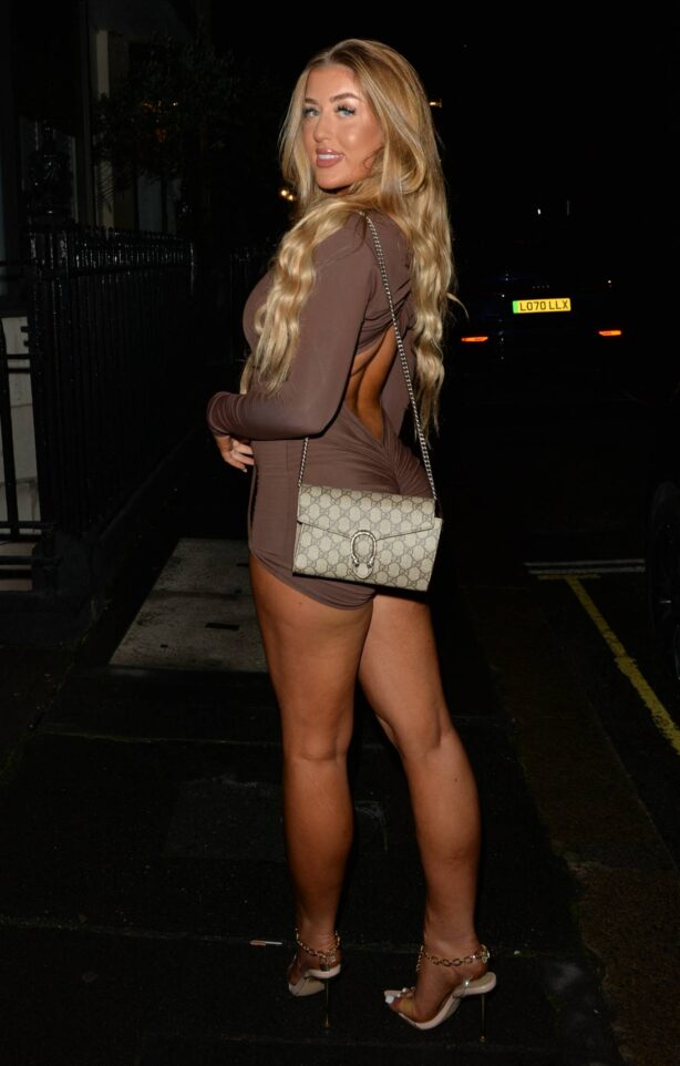 Jess Gale - Night out on the town in London