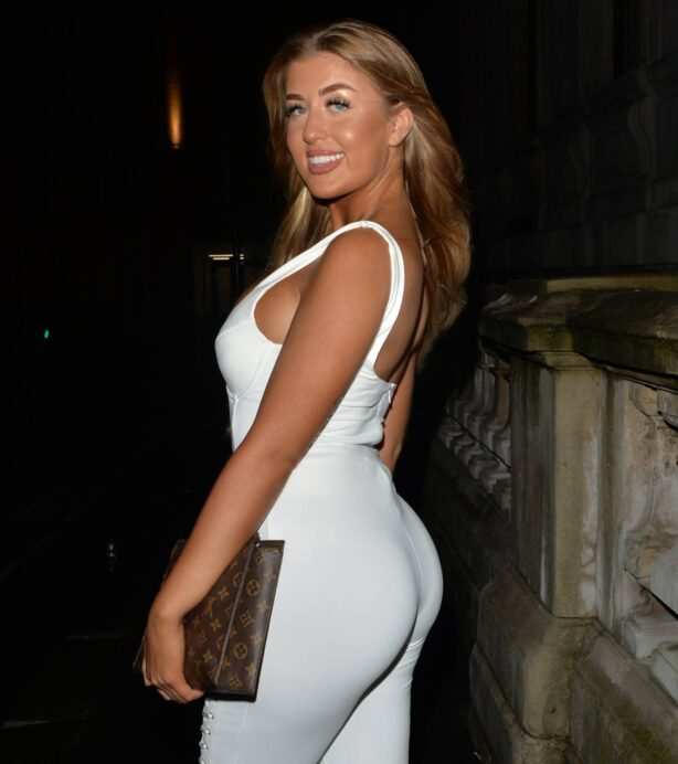 Jess Gale - Seen heading to dinner at Novikov in Mayfair