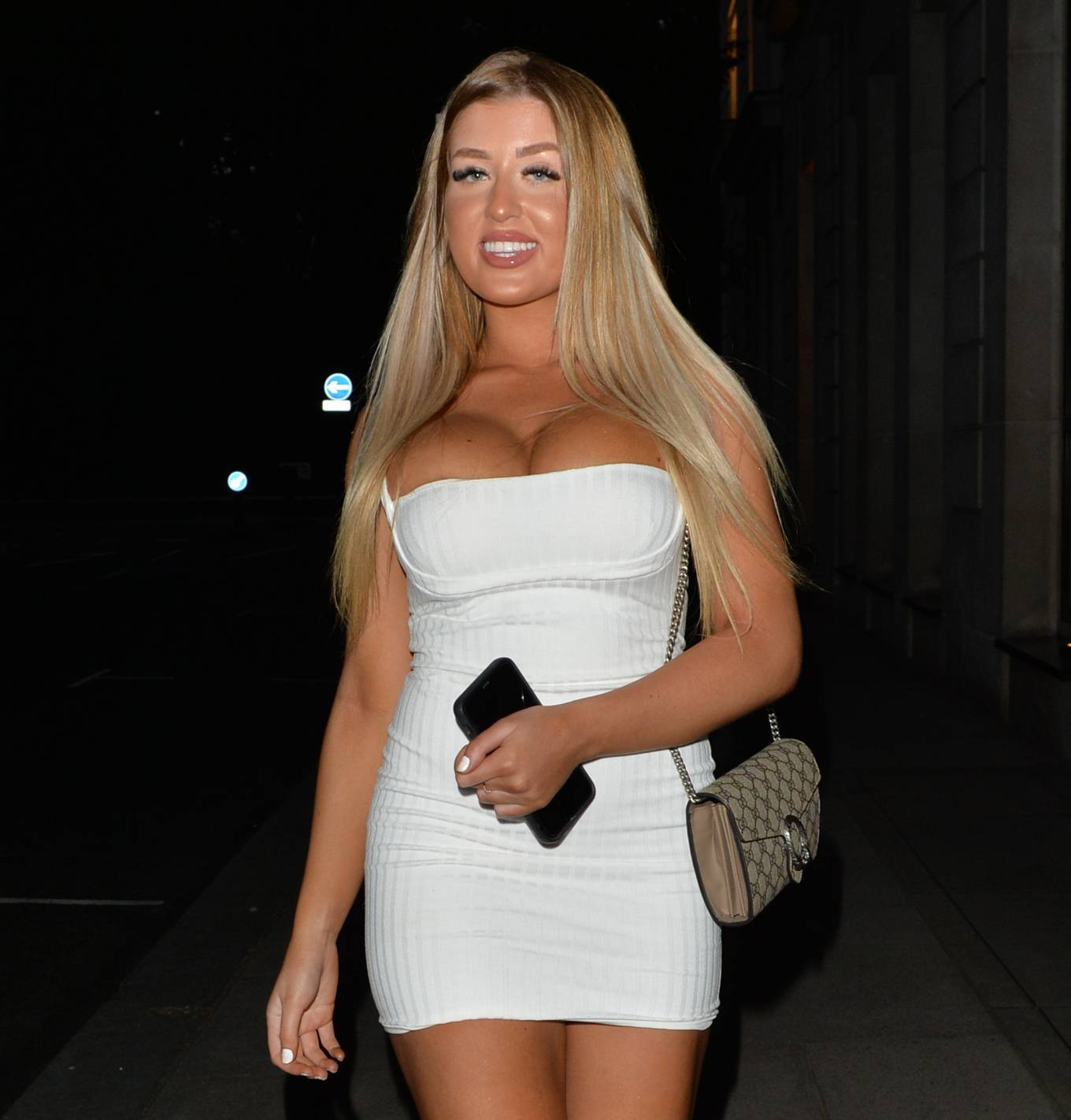 Jess Gale 2021 : Jess Gale – With Eve Gale seen heading to Bagatelle in Mayfair in London-13