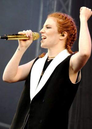 Jess Glynne - Performing at V Festival Day 2 at Hylands Park