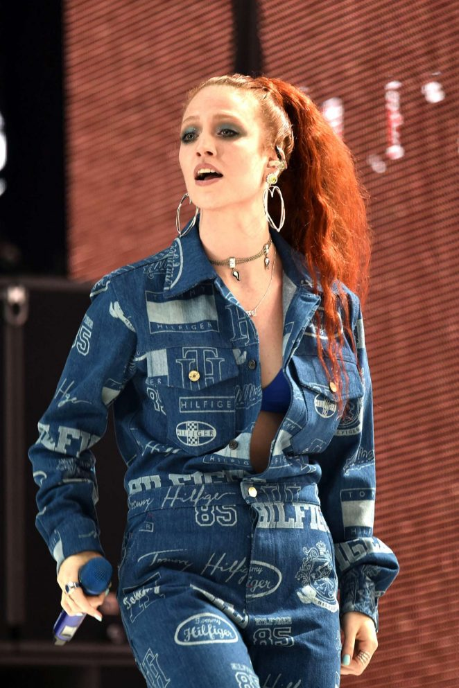 Jess Glynne - Performs at Capital FM Summertime Ball 2018 in London