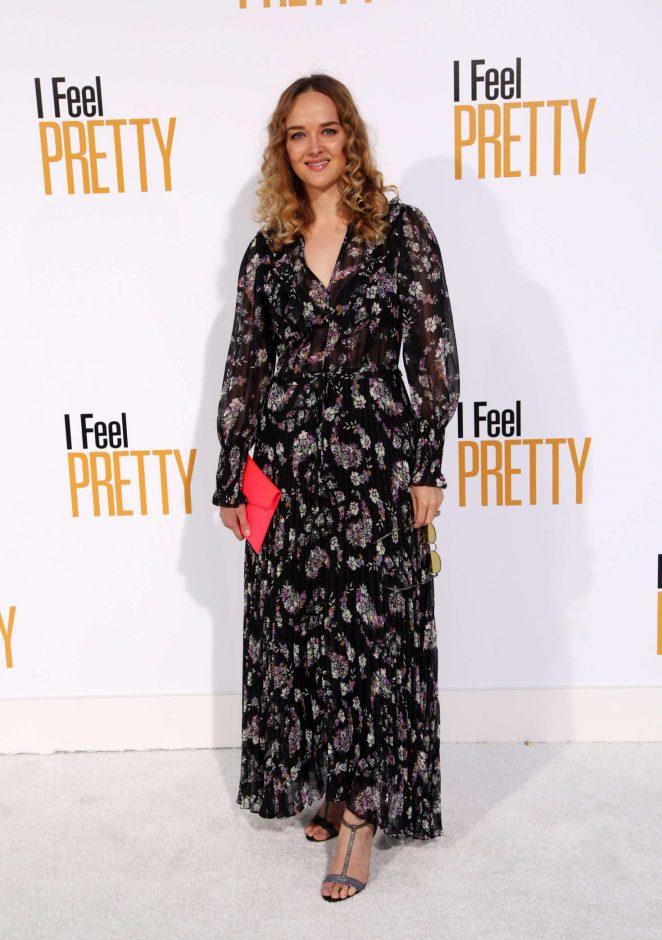 Jess Weixler - 'I Feel Pretty' Premiere in Los Angeles