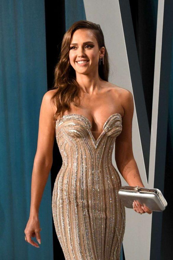 Jessica Alba - 2020 Vanity Fair Oscar Party in Beverly Hills