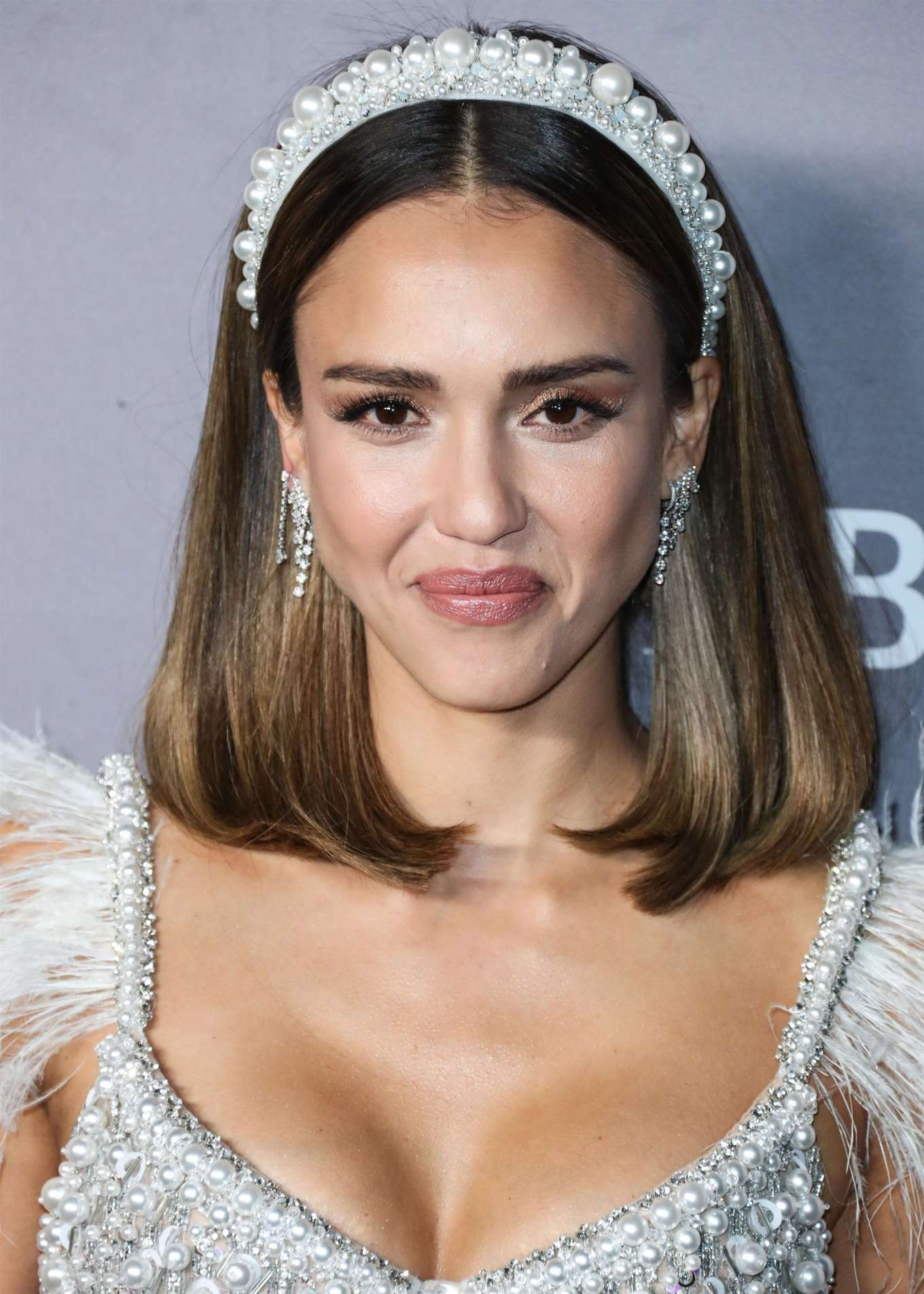 Jessica Alba - Adds for 2019 Baby2Baby Gala in Culver City