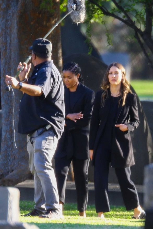 Jessica Alba and Gabriel Union - Film 'L.A.'s Finest' at a cemetery in Pasadena
