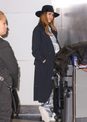 Jessica Alba - Arrivies at JFK Airport in New York City