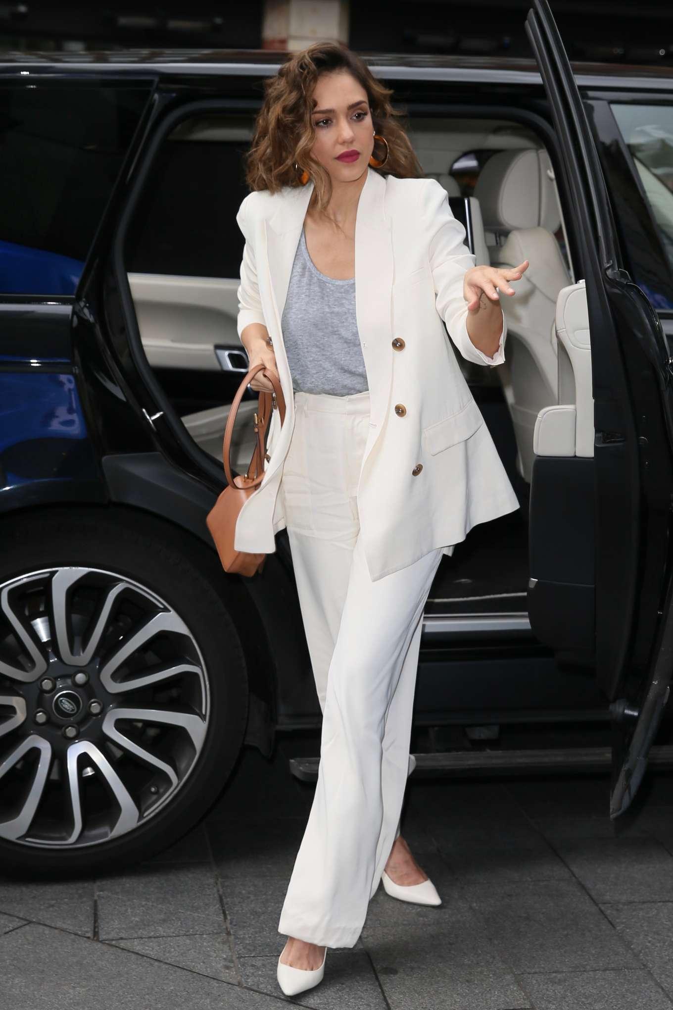 Jessica Alba - Arriving at Global Studios in London