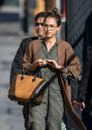 Jessica Alba - Arriving at Jimmy Kimmel Live! in LA