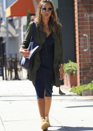 Jessica Alba at a doctors office in Beverly Hills