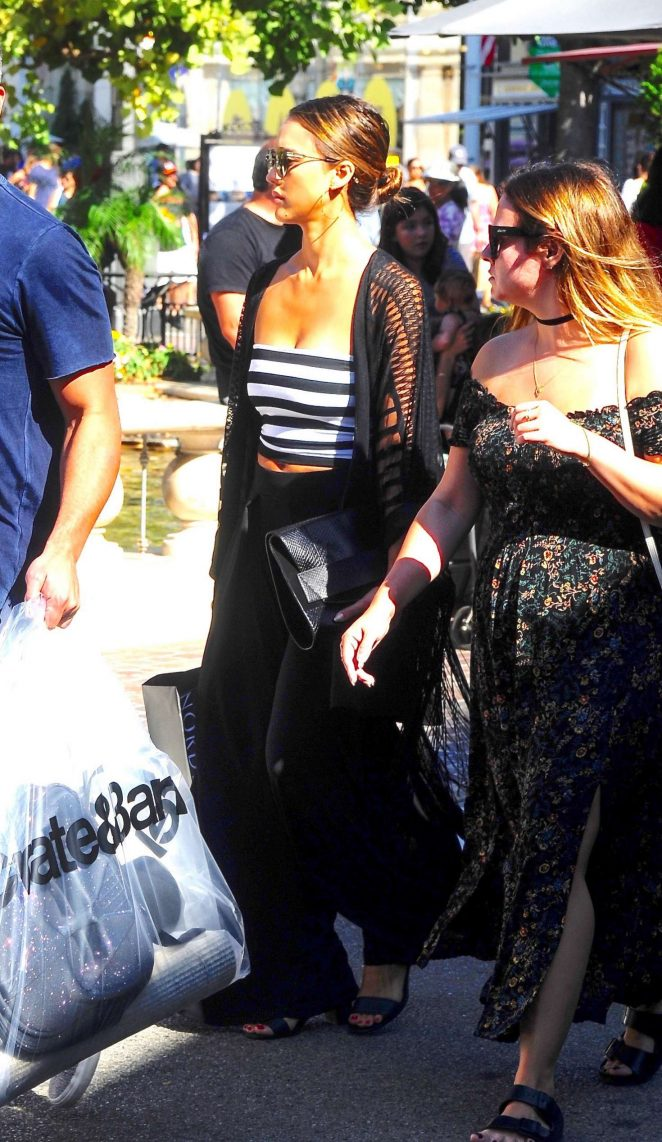 Jessica Alba at Crate and Barrel in West Hollywood