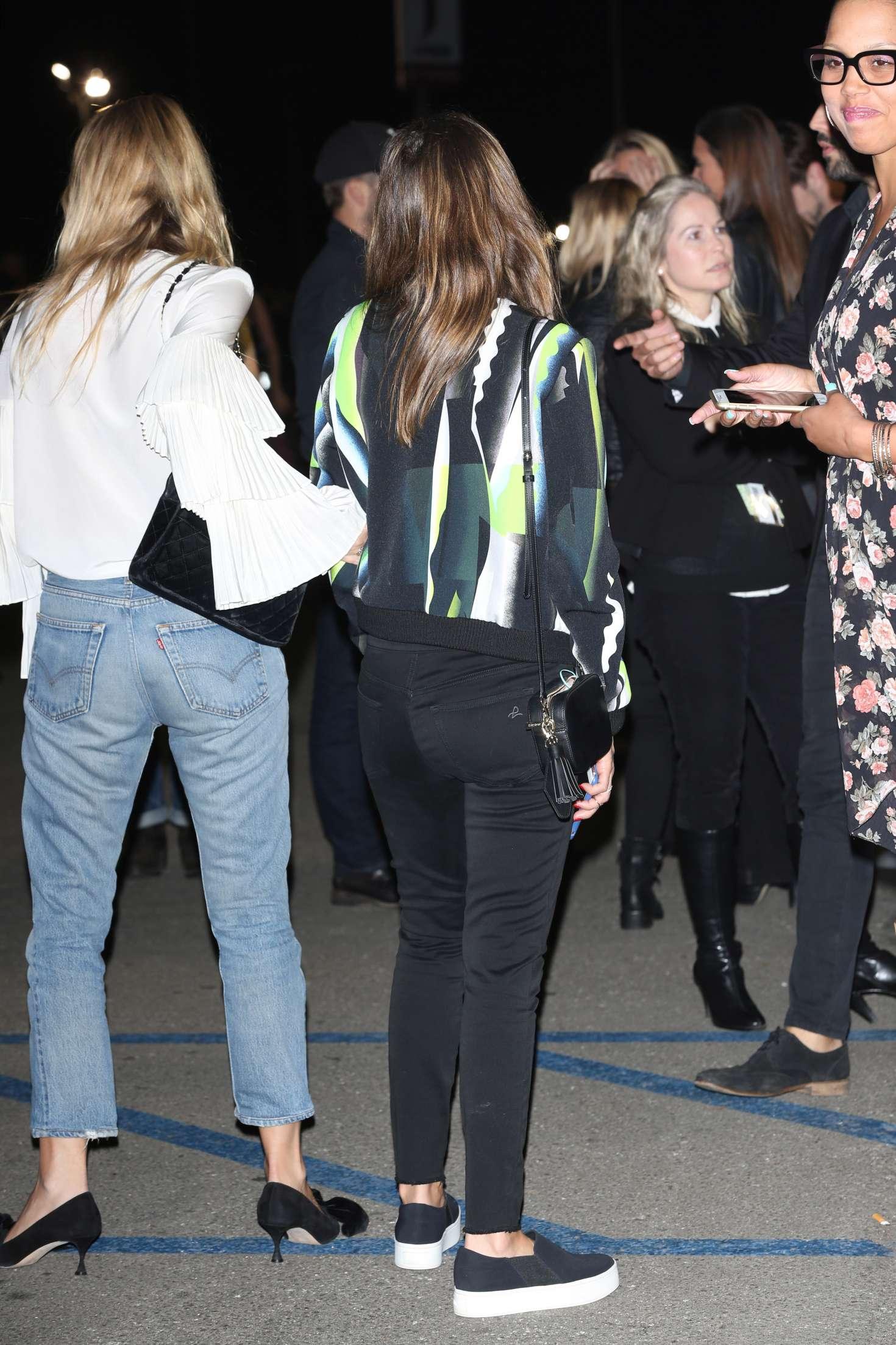 Jessica Alba 2016 : Jessica Alba at Kanye Concert in Inglewood -06