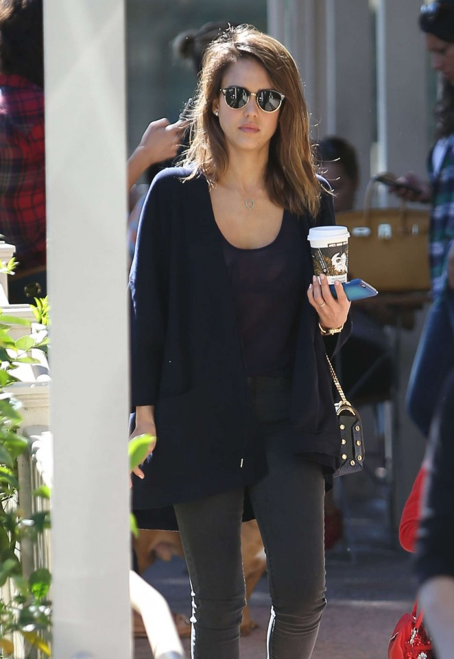 Jessica Alba at Le Pain Quotidien in West Hollywood