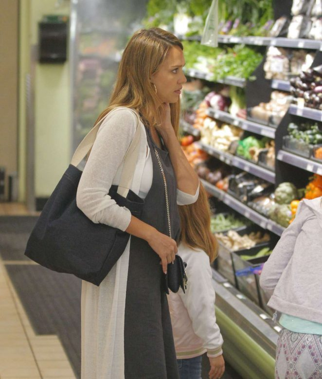 Jessica Alba at Whole Foods -37