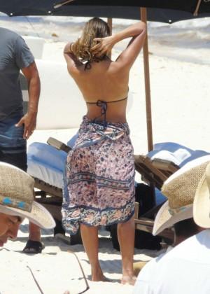 Jessica Alba: Bikini candids in Cancun-14