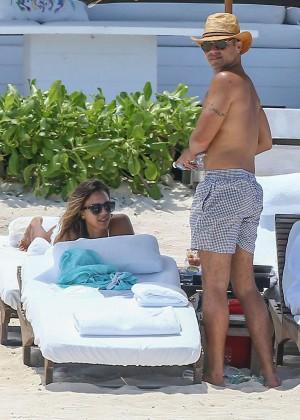 Jessica Alba: Bikini candids in Cancun-34