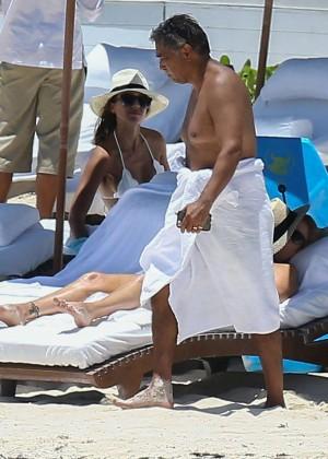 Jessica Alba: Bikini candids in Cancun-35