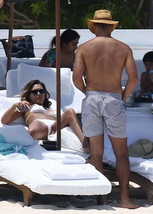 Jessica Alba: Bikini candids in Cancun-36