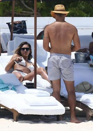 Jessica Alba: Bikini candids in Cancun-42